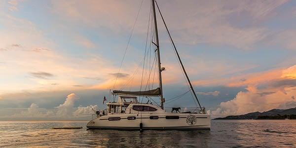 12-things-boat