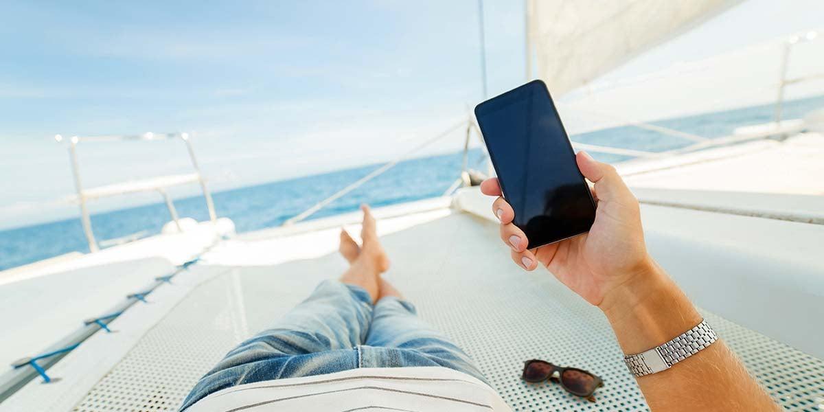phone-boat-blog