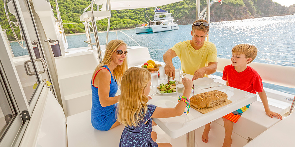 blog-dining-aboard-0619